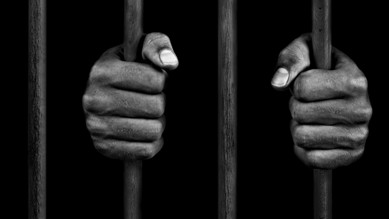 Gölge Benlik ve Hapishaneler